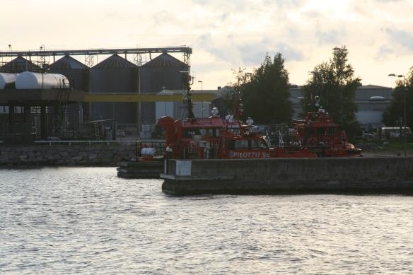 Entering Kalmar harbor. No need for pilot assistance!