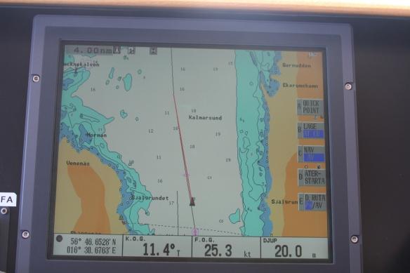 Trip Data 25,3 knots, 9,6 litre/nautical mile, 252 litre/hour.