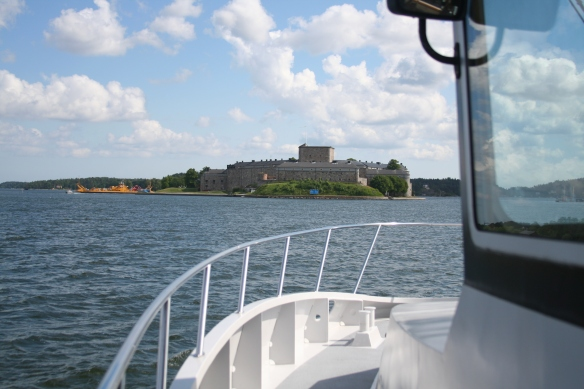 Approaching Vaxholm fortress.